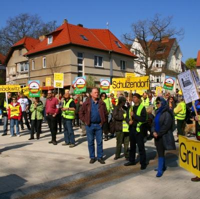 Demo gegen das BER-desaster und Fluglärm in Eichwalde